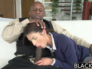 Blacked ממשי מודל august ames loves שחור זין