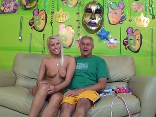 Country Girl Vanessa Cage Sexy H...