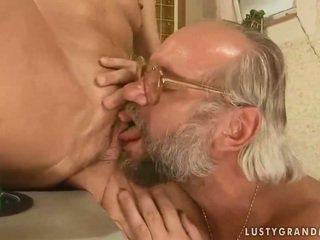 grootmoeder, oma mov, een hd porn film