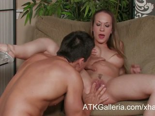 Jamie Elle is pregnant and horny