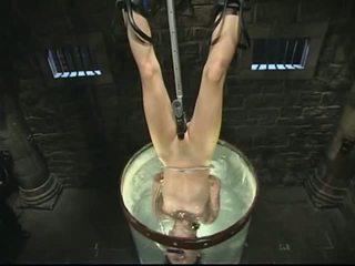 Bondage e água tortura