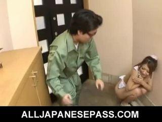 Καυτά νέος ιαπωνικό γκόμενα hibiki ohtsuki gives τσιμπούκι