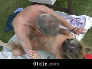 Oldje: gina gerson fucks แก่กว่า คน