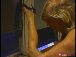 Lusty סקסי debi diamond getting שלה constricted aperture screwed על ידי a throbbing זין