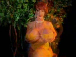Nude big tits vids