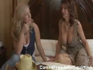 Busty MILF Deauxma Squirting In babe Girl's Face!