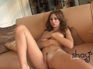 Natural boobed shay laren spreads her pink amjagaz on the diwan