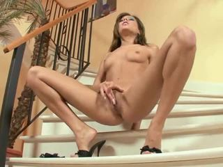 Long Legged Anita Pearl Masturbating