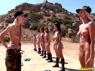 Breanne benson dan dia 10 gfs di lesbian tentara