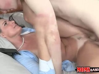 India Summer seduces her stepdaughter BF