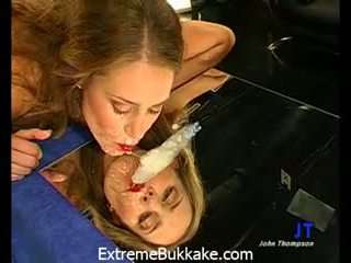 Sexy babe Magdalena gets her pussy stretched and her face covered with Jizz