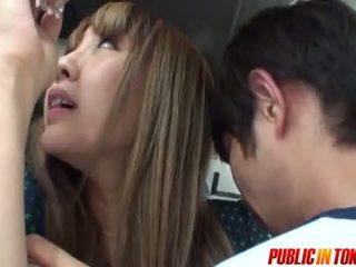 סקסי נוער ב a אוטובוס gets זרע ב ציבורי סקס