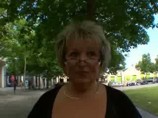 Carole franska äldre anala körd