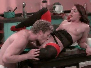 brunette porno, kwaliteit orale seks, kwaliteit vaginale sex video-