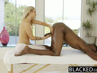 Blacked vakker blond karla kush loves massaging bbc