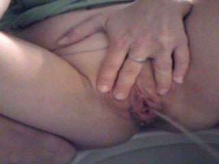 Piss: голям labia голям pee 1