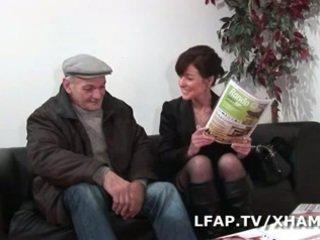 Milf francaise prise en double penetration par Wil et Papy