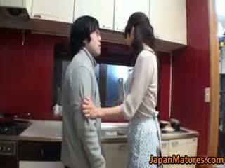schön brünette, japanisch spaß, ideal gruppen-sex