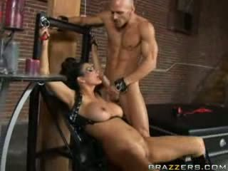 Brazzers - Horny mommy will do anything for a big...