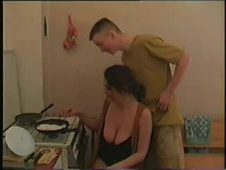 echt grote borsten porno, groot matures, heet milfs
