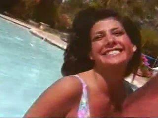 real cuerpo, en línea al aire libre, fresco piscina