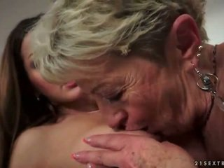 any old fuck, lezzy scene, free lezzies