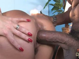 Janet Mason Cougar Play Hard Booty Games With Blacksome Boy