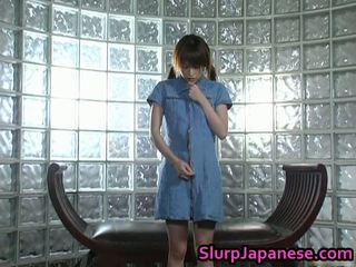 Charming najstnice jun nada mastrubacija