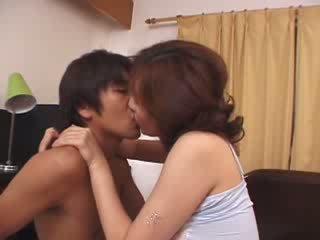 日本語 繼母 被濫用 由 角質 husbands 兒子 視頻