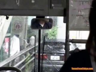 Ramonée sur la public bus