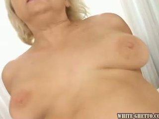 Eu wanna sperma inauntru dumneavoastră bunica #03