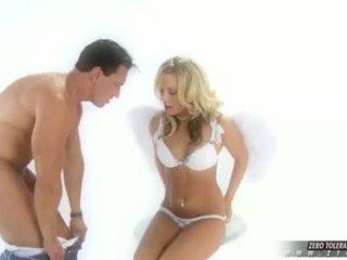 Seks video poredne punca viva takes a globoko fukanje