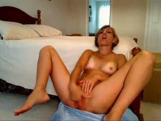 Mama masturband-se