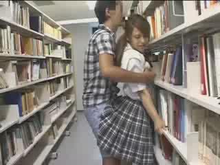 Mazulīte mazulīte used uz the skola bibliotēka