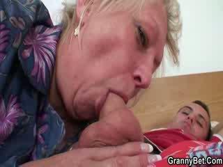 Lusty abuelita coño follada