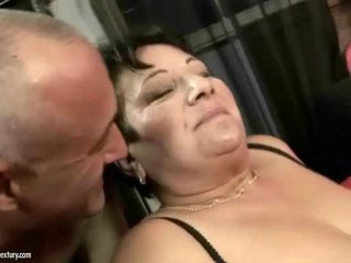 Lemak leh enjoys njijiki hard bayan