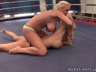 lesbisch neuken, heet lesbische strijd porno, mooi muffdiving