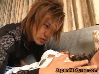 יפני, יפן, אמהות ובנים