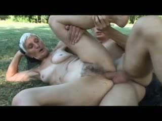 grannies, old+young, outdoor