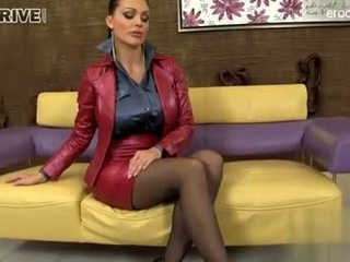 brunette, quality oral sex watch, deepthroat