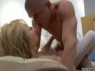 Belladonna feels the ripping hard wang nuthuki her joy hole from her back
