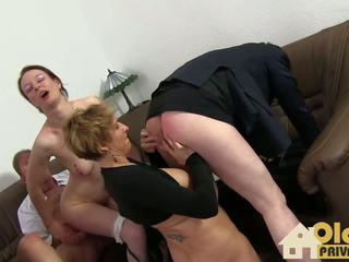 Swinger Treff: Oldies Privat HD Porn Video f8