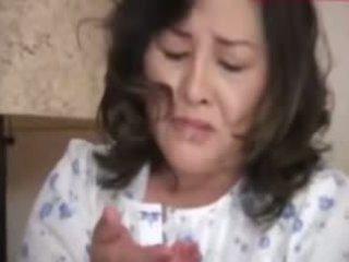 Japanesebbw 成熟 母親 和 不 她的 兒子