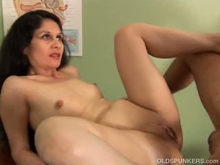 cougar film, old porn, hq aged video