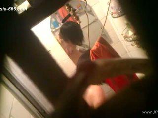 Peeping číňan holky bath
