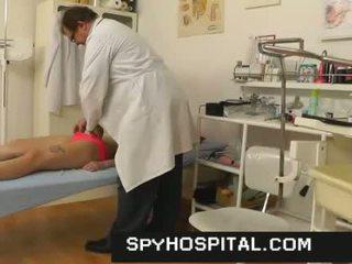 groot vagina gepost, dokter, kijken ziekenhuis film
