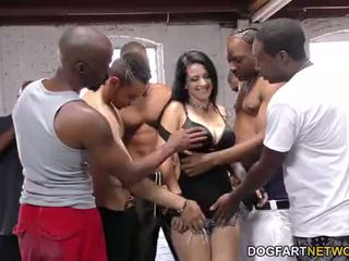 Katrina jade sucks অনেক কালো cocks