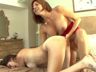 Busty Stepmom Seduces Teen into Pussylicking: Free Porn a7