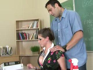 Rachel roxxx is een geil leraar