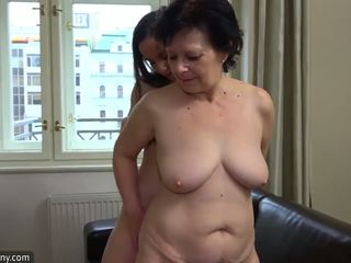lesbians, matures, old+young